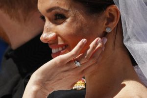 Royal Wedding Comparison Rings 1526758650 300X200
